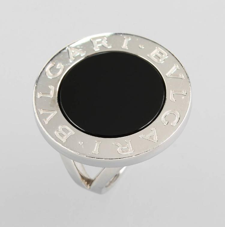 18 kt gold BULGARI ring with onyx