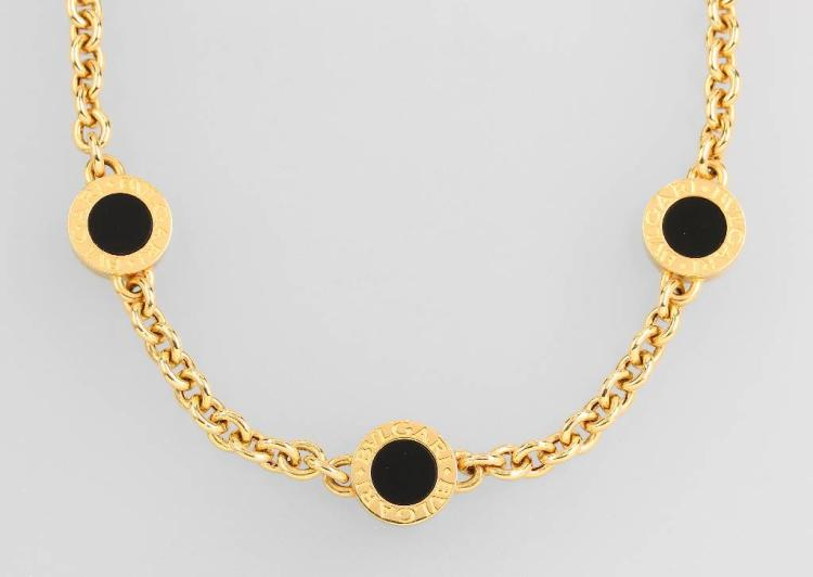 18 kt gold BULGARI necklace with onyx