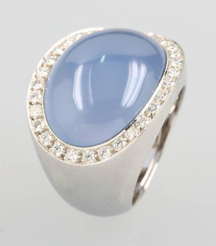 18 kt gold VAN CLEEF & ARPELS ring with blue quartz and brilliants