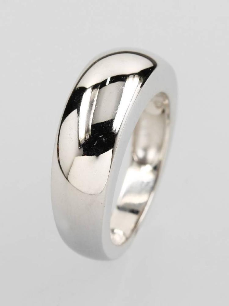 18 kt gold ring VAN CLEEF & ARPELS