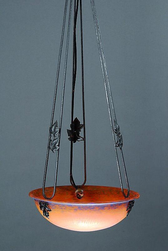 Deckenlampe, Frankreich, um 1920, Schale pate-de