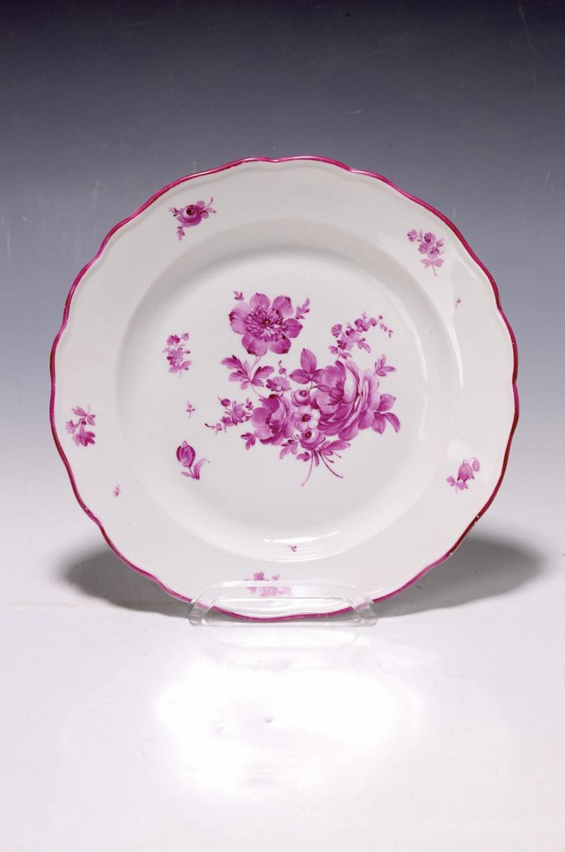 plate, probably Dresden, around 1900, purple flower