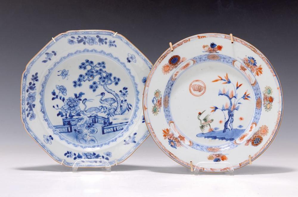 pair of plates, Japan, around 1780, a. blue under glaze