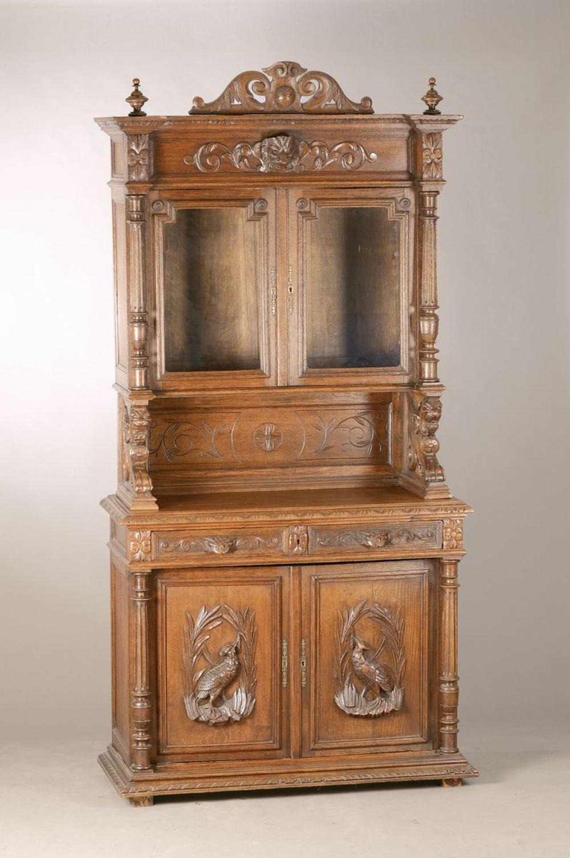 showcase, France, around 1880/90, solid oak, 1 key, with