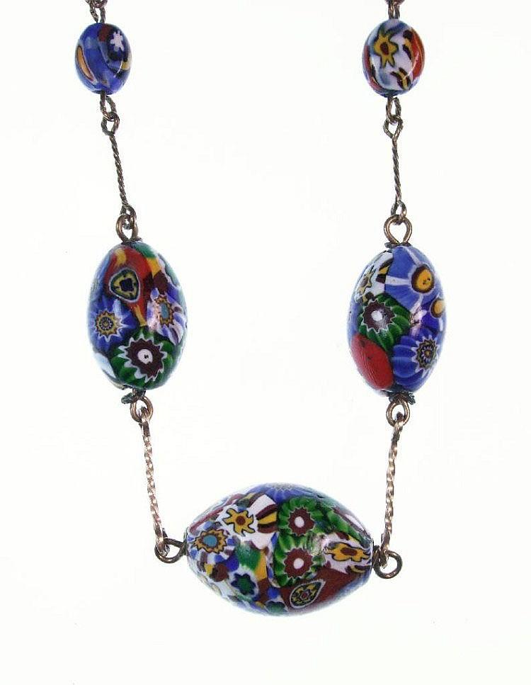 Kette, Murano-Glas, Italien um 1920, Metall verg.,