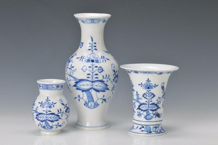 3 vases, Meissen