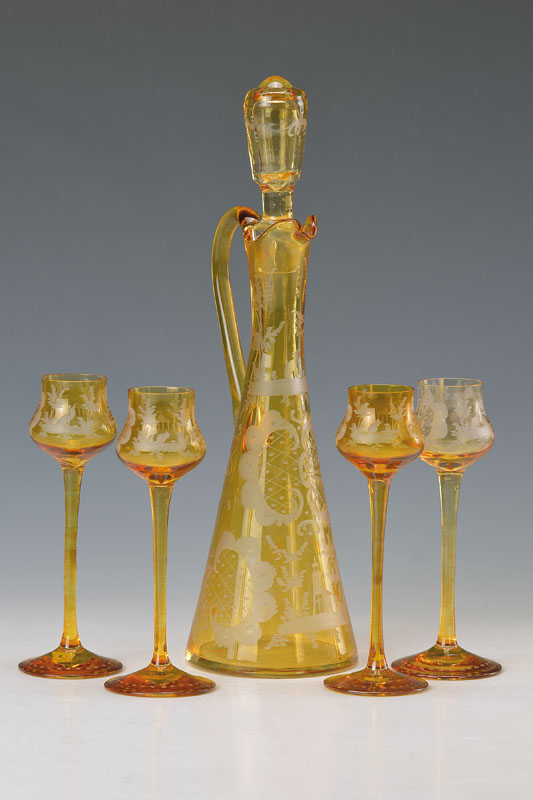 liqueur carafe with glasses