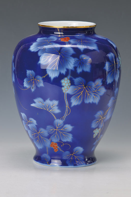 vase, Japan
