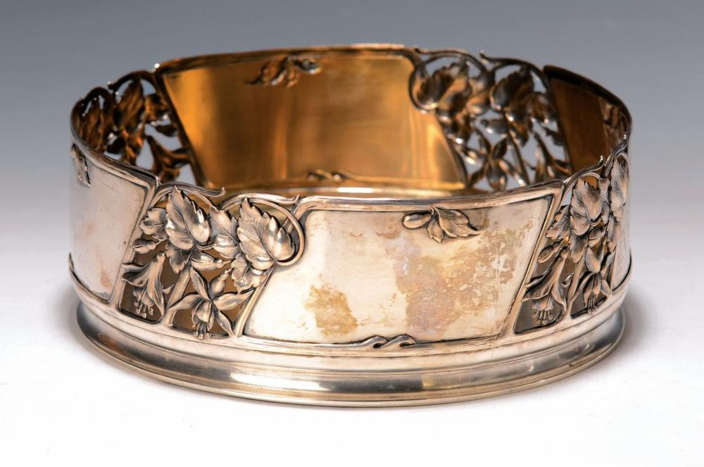silver bowl with floral decor, J.u.W Peters, Kevelaer