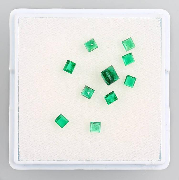 Lot 10 loose emerald squares