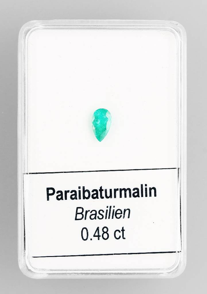 Transparent blue-green paraiba tourmaline