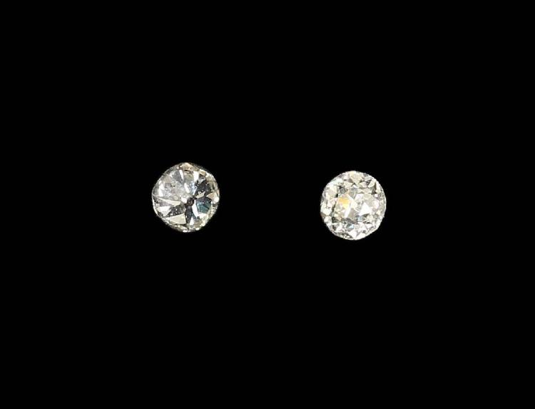 Lot 2 loose old cut diamonds