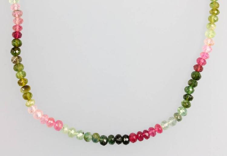 Strand made of tourmalines, approx. 57 ct