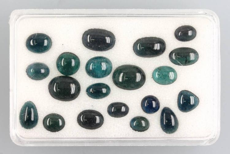 Lot aus tourmalinecabochons (indigolites)