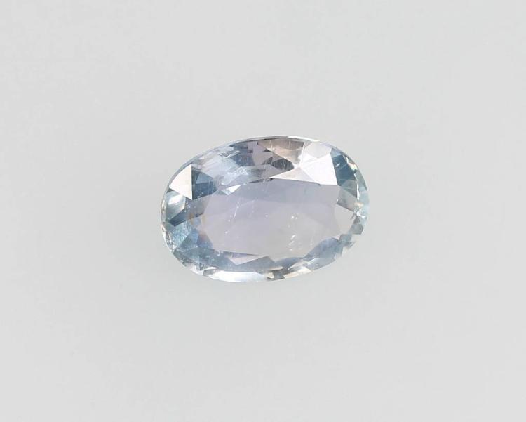 Loose oval bevelled sapphire