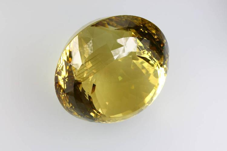 Extraordinary lemoncoloured citrine, finest quality