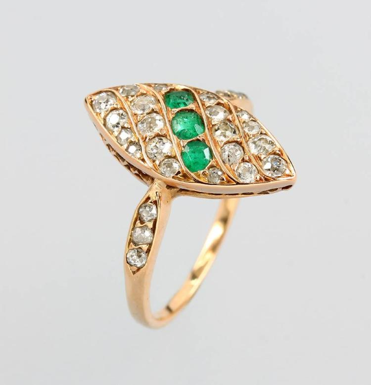 14 kt gold Art-Deco ring with emeralds and diamonds