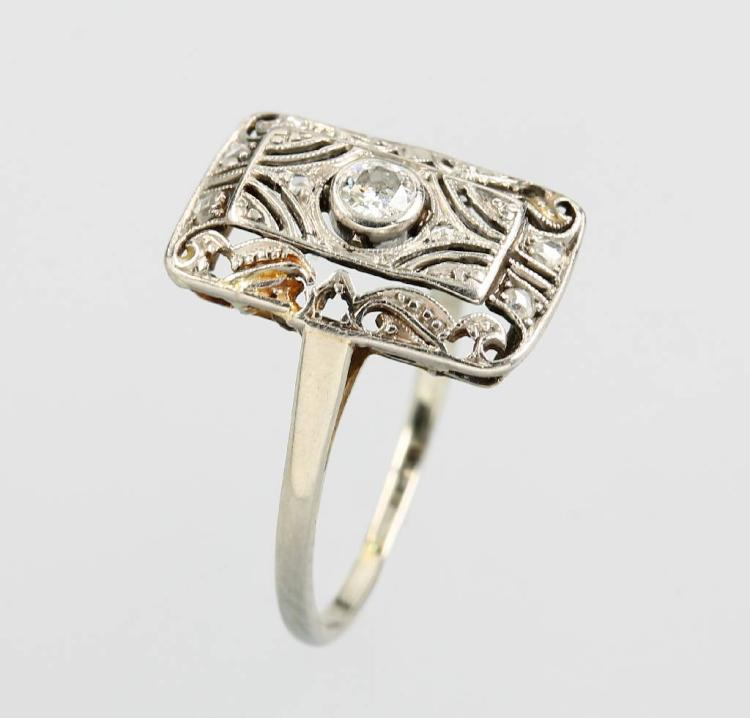 Art-Deco platinum ring with diamonds