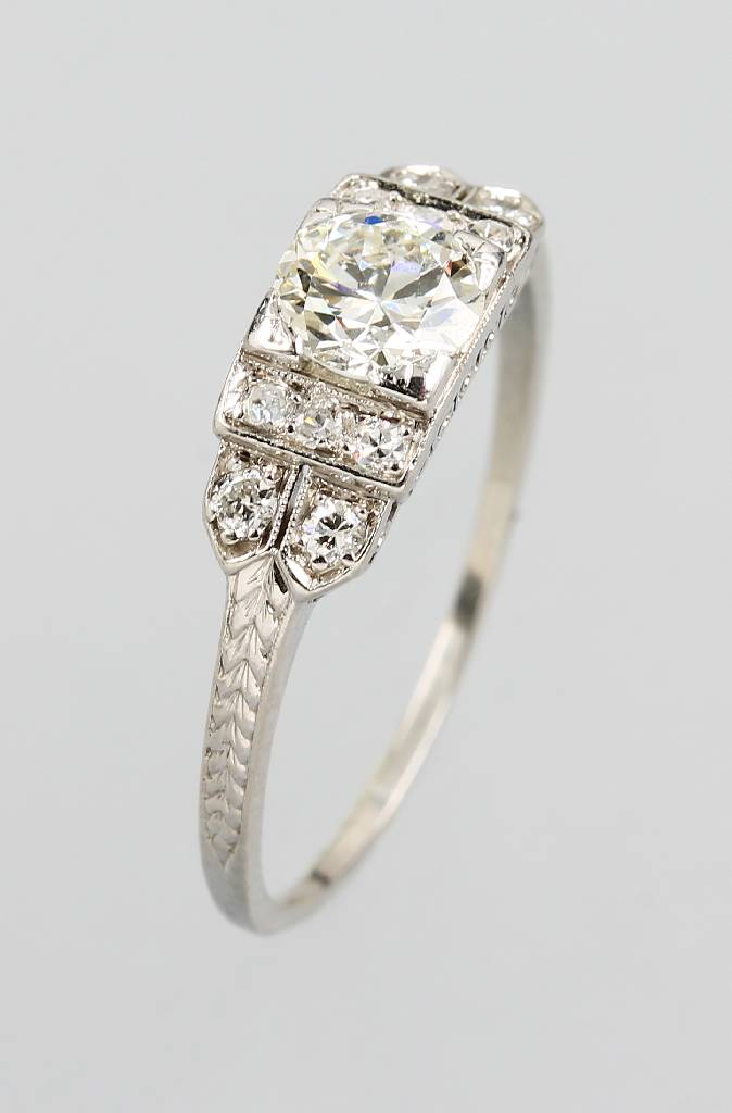 Ring with diamonds, Iridium-platinum
