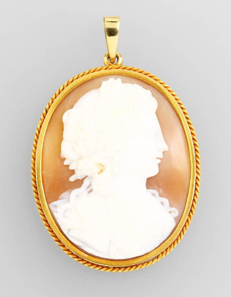 14 kt pendant with cameo
