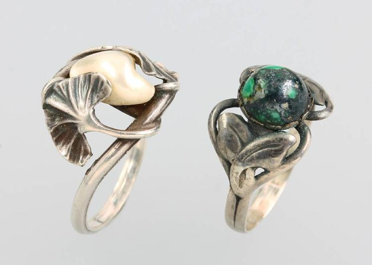 Lot 2 Art Nouveau rings, approx. 1900s