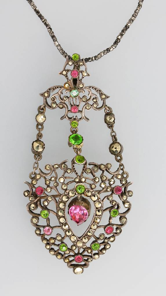 Brooch/pendant with rhine stones, german approx. 1860/70