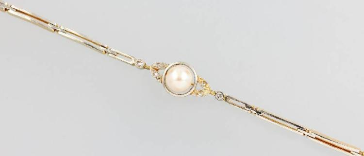 Art Nouveau bracelet with pearl and diamonds, platinum and YG 750/000