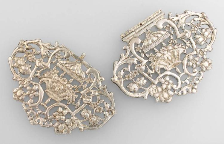 Bookclasp, german approx. 1780/90, silver tested