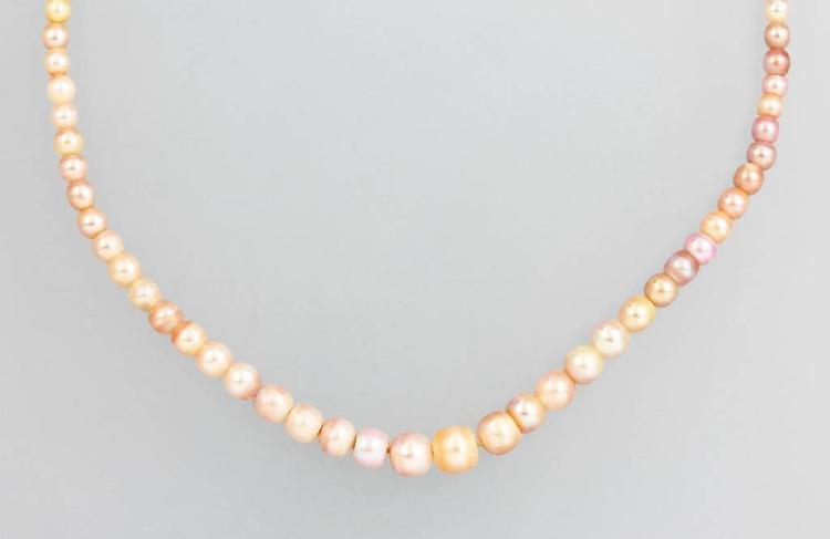 Necklace made of oriental pearls, german approx. 1880