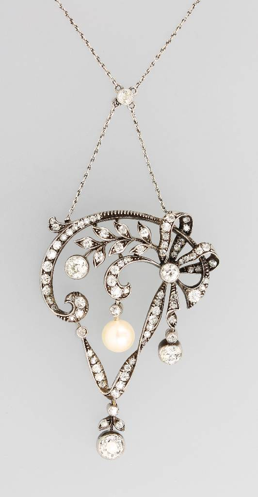 Necklace with diamonds and pearl, WG 585/000, silver and platinum