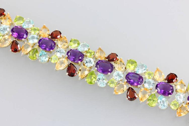 Bracelet with coloured stones