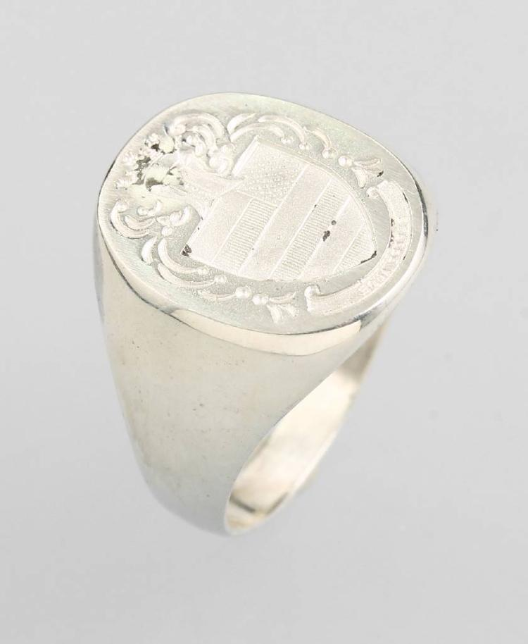 Crest ring, silver 925