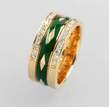 14 kt gold ring with brilliants and enamel