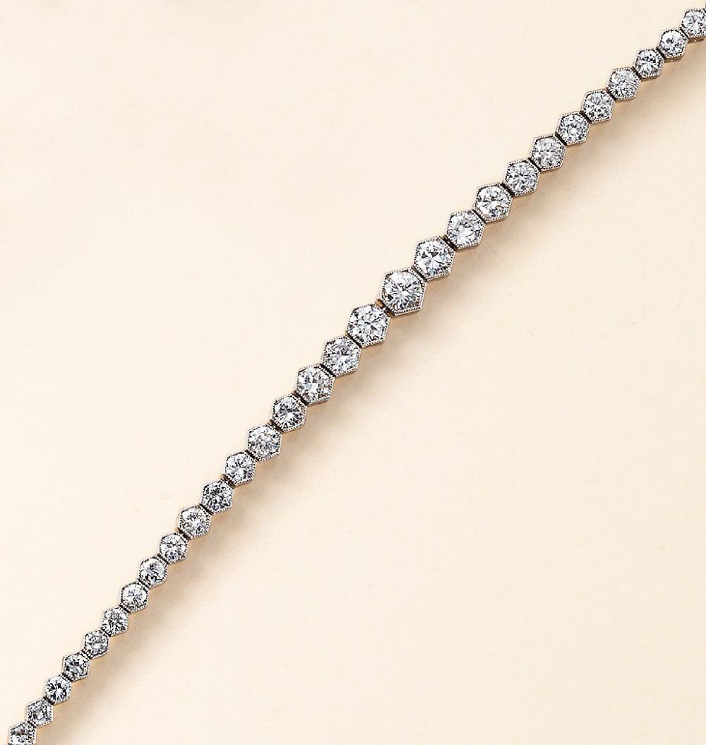 Art-Deco-bracelet with brilliants