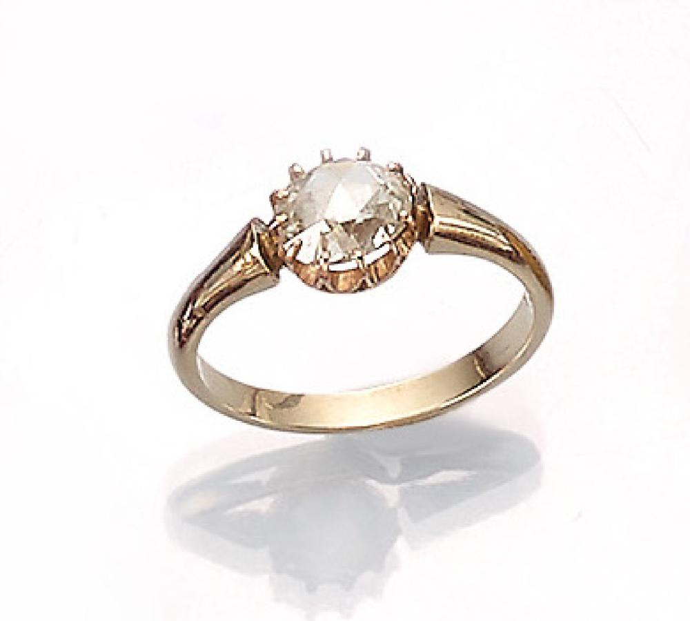 14 kt gold Art Nouveau ring with rose cut diamond