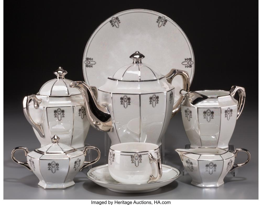 A Twenty-Three Piece Assembled German Art Deco Lustreware Ceramic Tea Service, m