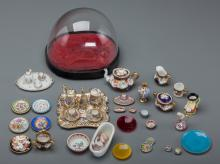 A Collection of Thirty-Eight Vintage Porcelain and Glas