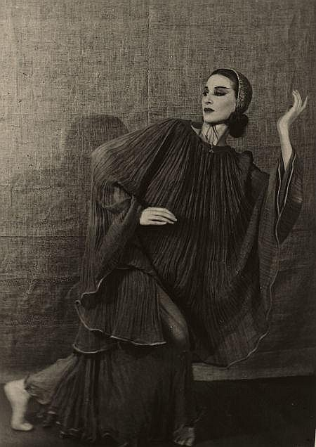 EMIL OTTO HOPPÉ (British, 1878-1972) Martha Graham, cir
