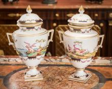 A Pair of Oude Loosdrecht Porcelain Urns, late 18th cen