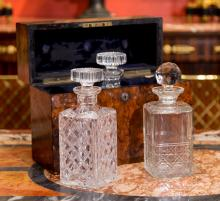 An English Burl Walnut Cave-a-Liqueur with Cut-Glass De