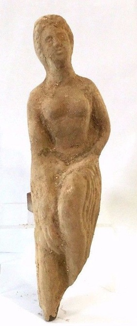 Large Roman terracotta statue of female .