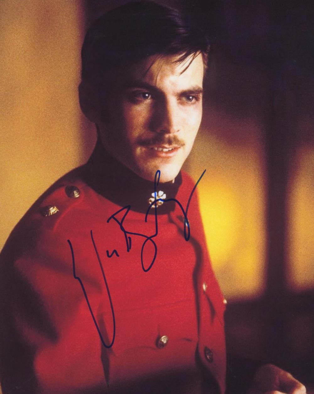 Sold Price The Four Feathers Wes Bentley Signed Movie Photo September 6 0120 9 00 Am Pdt