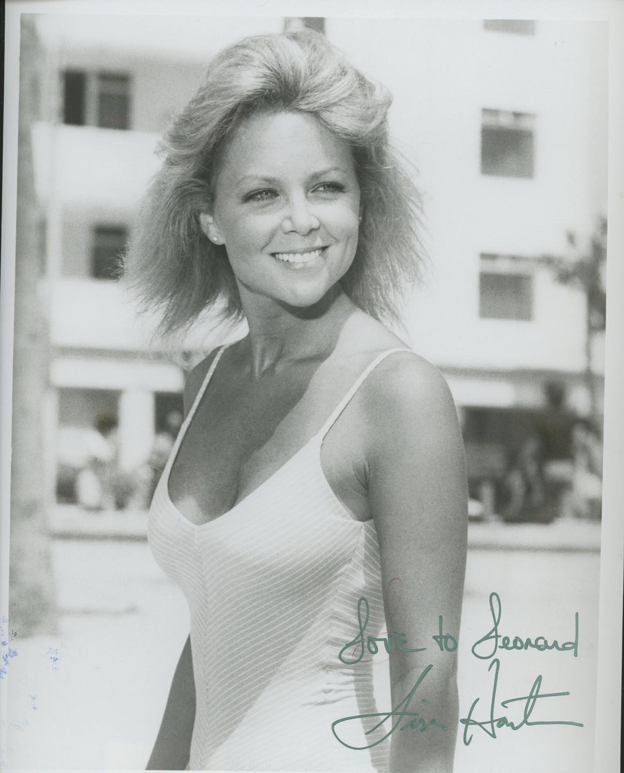 Lisa Hartman signed photo