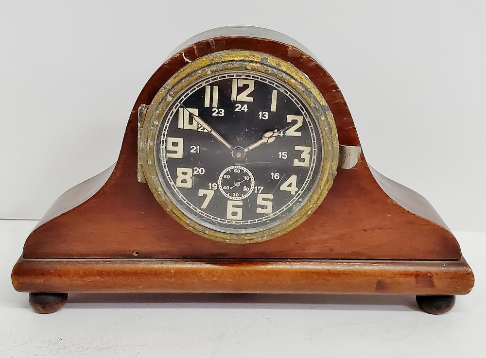 Kienzle German Army 1942 Radio Room Mantle Clock