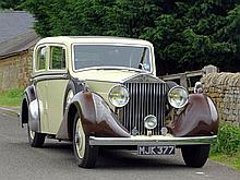 Rolls-Royce 25/30 Saloon with Division