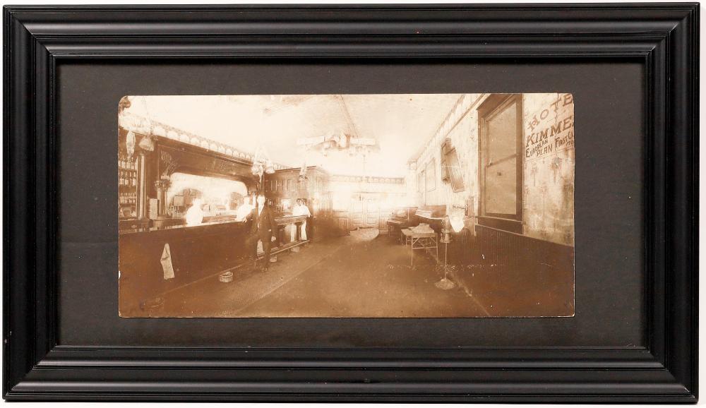 Saloon Photo [138433]
