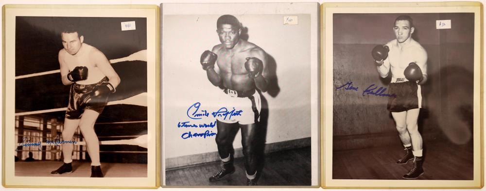 Signed Boxer Photos (3) [128183]