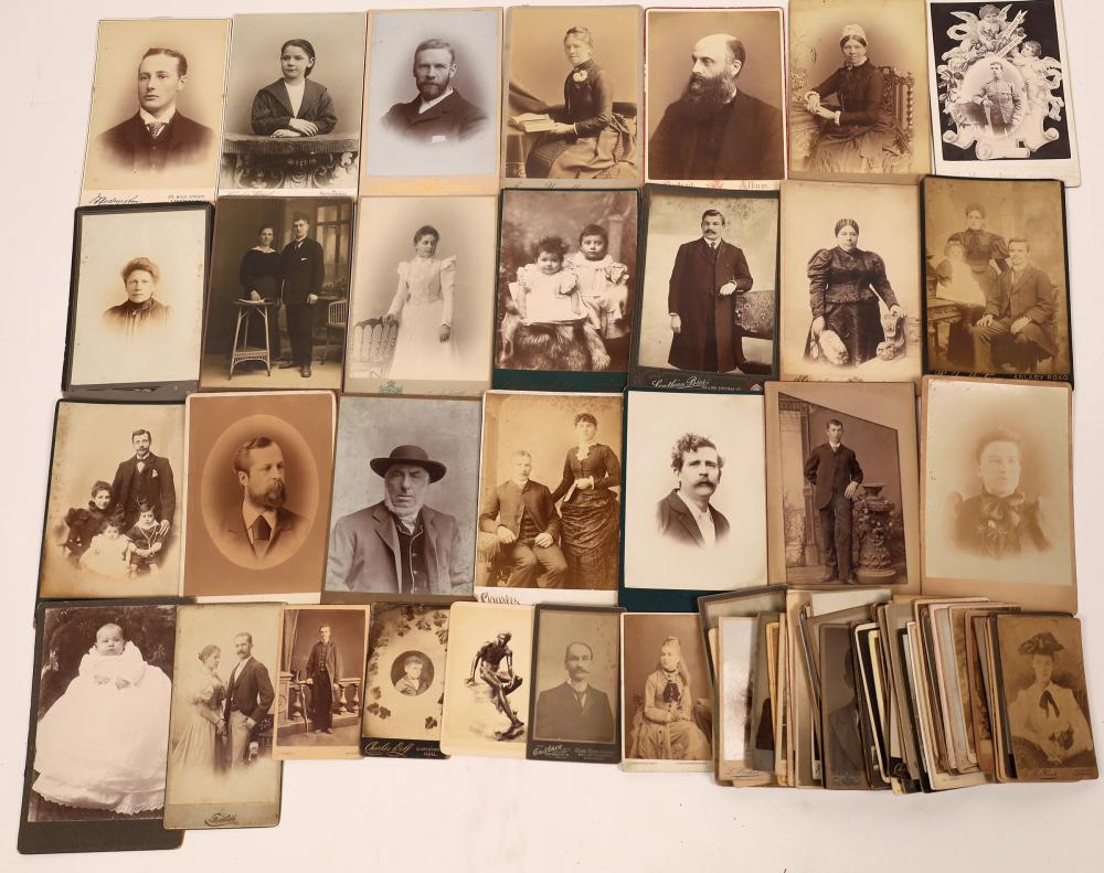 Foreign Cabinet Cards and Carte De Visites [139267]