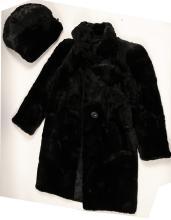 Lot 1007: Coat, Ladies Short Nap, Black Fur with Fur Hand Warmers (91340)