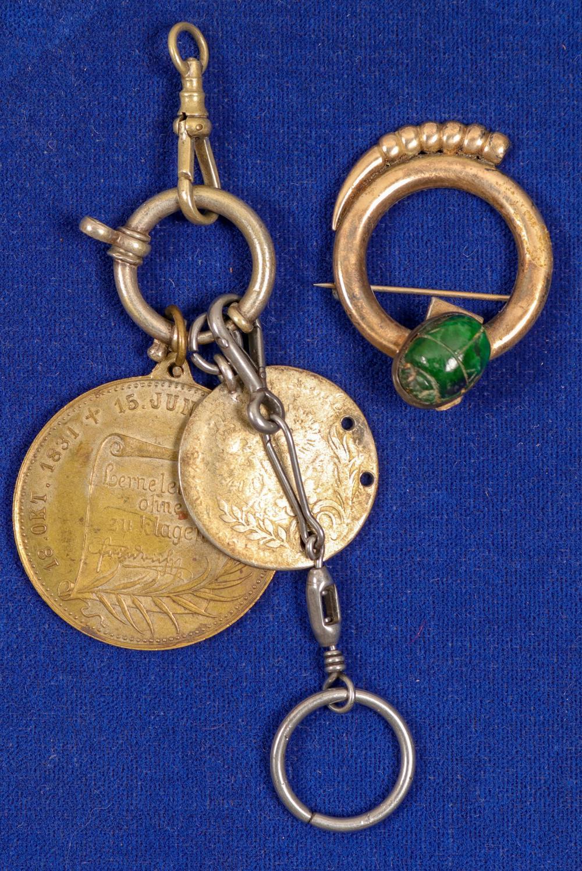 Jewelry (Vintage)   (91398)